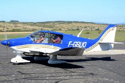 Un DR-400 de passage à Millau, François Lécuyer