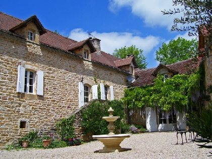Les Fontaines, OFFICE DE TOURISME REGIONAL DE VILLEFRANCHE DE ROUERGUE