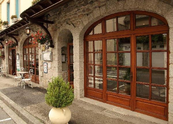Hôtel Les Deux Vallées