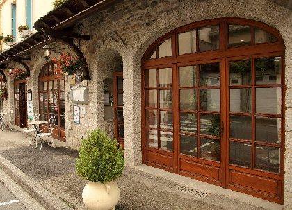 Façade de l'Hôtel des Deux Vallées, HOTEL DES DEUX VALLEES