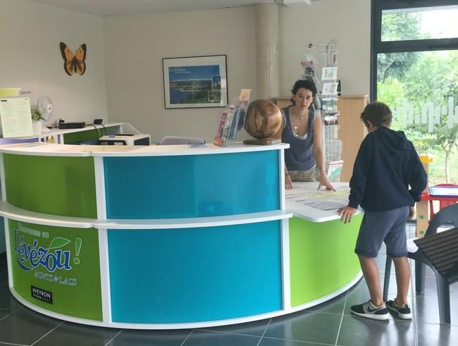 Office de Tourisme Pareloup-Lévézou - Bureau d'Information Touristique de Saint-Léons