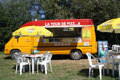 La tour de Pizz...a, OFFICE DE TOURISME LARZAC VALLEES