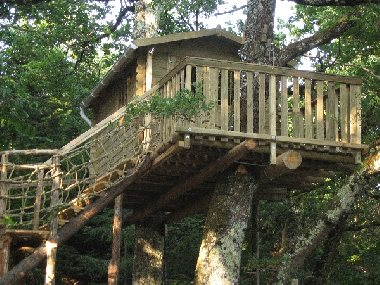 les ifers cabane dans les arbres tourisme aveyron. Black Bedroom Furniture Sets. Home Design Ideas