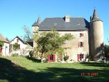 Château de Larguiès, OFFICE DE TOURISME DE SALLES CURAN - PARELOUP