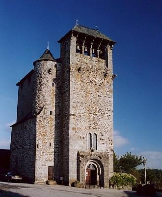 Eglise et croix d'Orlhaguet
