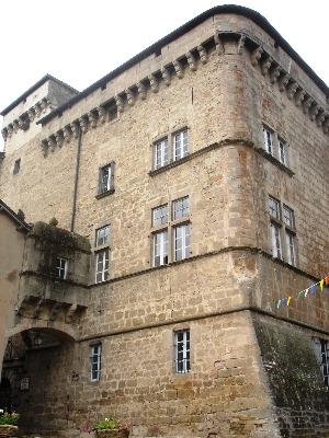 Saint Beauzély, village médiéval sur le Lévézou en Aveyron