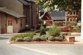 Lédergues - place du village, OFFICE DE TOURISME DU REQUISTANAIS