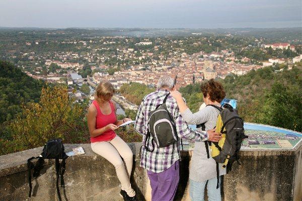 Site du calvaire villefranche de rouergue patrimoine tourisme aveyron - Office de tourisme villefranche de rouergue ...