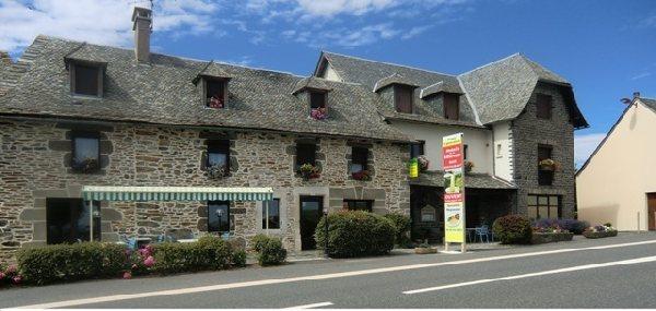 Relais de la vitarelle montpeyroux restaurant tourisme aveyron - Office du tourisme laguiole ...