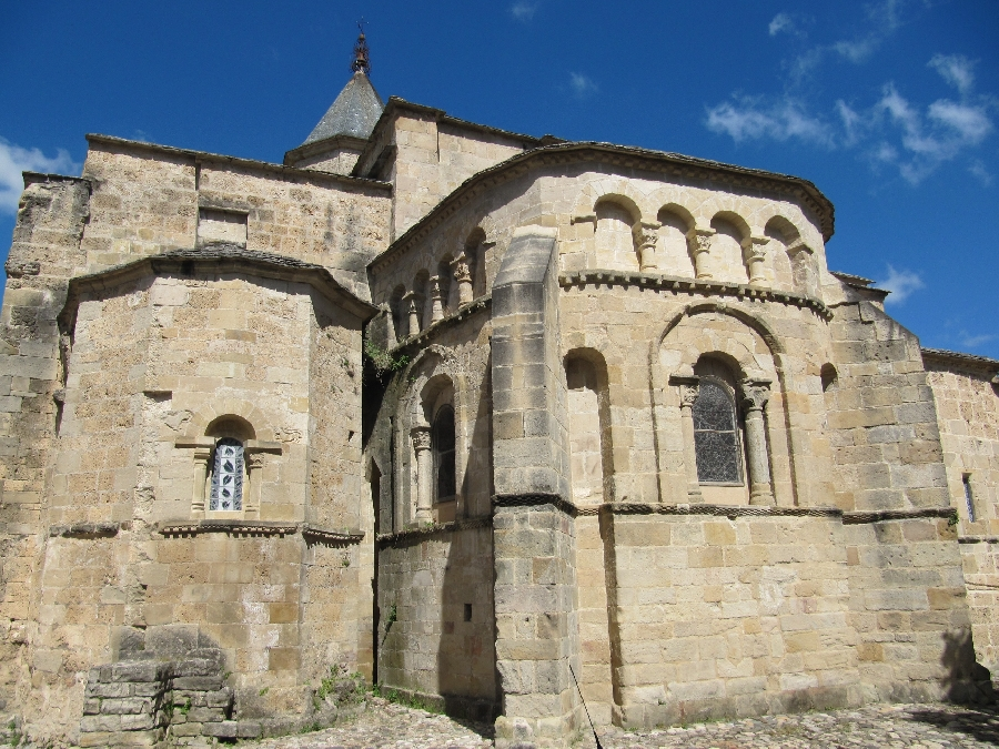 Eglise-abbatiale St Pierre de Nant