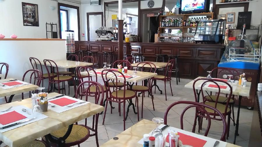 Le Grand Café Moderne