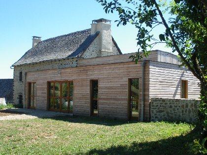 Maison du Bois sur le sentier de l'imaginaire de Taussac, Mairie de Taussac