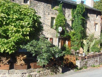 Terrasse du restaurant La Cascade, OFFICE DE TOURISME de CONQUES-MARCILLAC