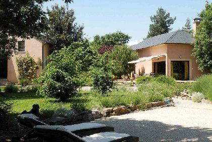 La Villa des Pins, OFFICE DE TOURISME DE SEVERAC LE CHATEAU