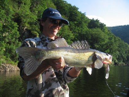 La Pêche dans le Carladez, OFFICE DE TOURISME DU CANTON DE MUR DE BARREZ