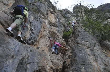 Le Randonneur - Via ferrata, OFFICE DE TOURISME GORGES DU TARN - CAUSSE - DOURBIE