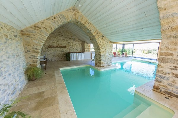 G te la caussenarde gg52 tourisme aveyron - Gite avec piscine aveyron ...