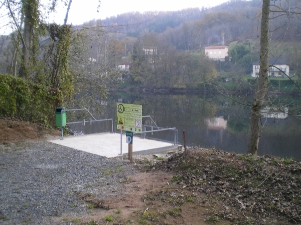 Ponton de pêche du Vieux Pont de Livinhac