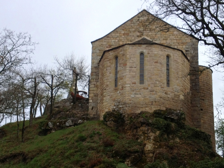 Chapelle et Chateau de Gozon