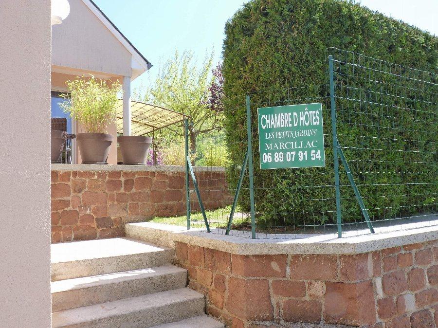 Les petits jardins marcillac vallon chambre d 39 h tes tourisme aveyron - Chambre d hote en aveyron ...