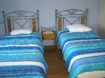Location de vacances de la Maynobe à Rieupeyroux, SYNDICAT D'INITIATIVE DE LA SALVETAT PEYRALES AVEYRON SEGALA VIAUR