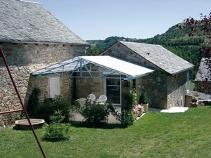 Gîte L'Oustal de Louis-1©AetC-SARROUY-Causses-Aubrac.jpeg, OFFICE DE TOURISME DE SEVERAC LE CHATEAU