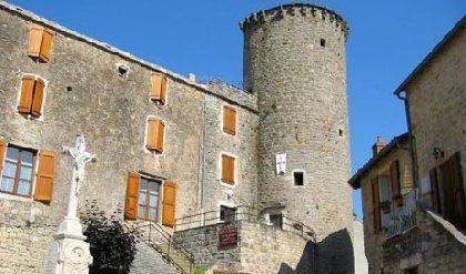 Gite d'étape et de séjour de la Tour Garnier, OFFICE DE TOURISME LARZAC TEMPLIER CAUSSES ET VALLEES