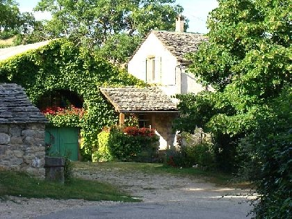 Location de charme proche de Millau et des accès routiers pour les visites dans la région , Gîte de Solanes