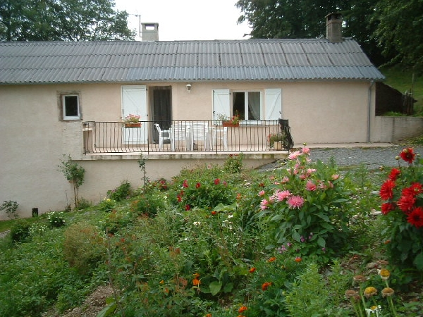 Mme Claudie CONDOMINES - GH09