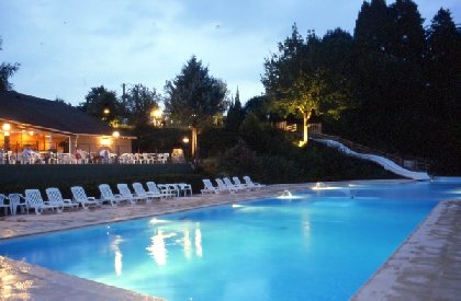La piscine de nuit, Marmotel