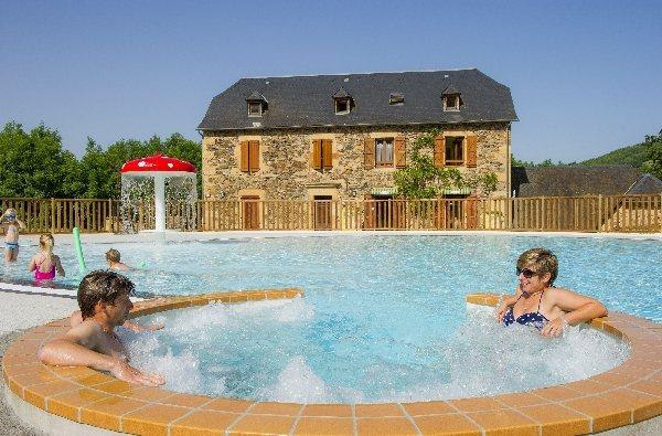 Camping tohapi la boissiere tourisme aveyron - Saint geniez d olt office de tourisme ...