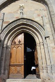 Eglise collégiale de Salles-Curan, OFFICE DE TOURISME DE SALLES CURAN - PARELOUP