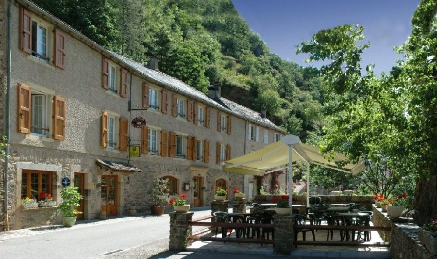 Restaurant Brousse Le Chateau