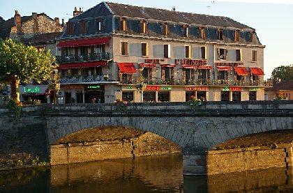 HOTEL L'UNIVERS, OFFICE DE TOURISME REGIONAL DE VILLEFRANCHE DE ROUERGUE
