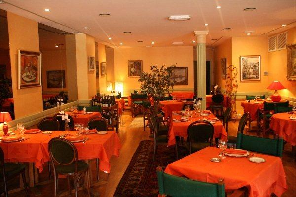 L 39 univers villefranche de rouergue h tel restaurant tourisme aveyron - Office de tourisme villefranche de rouergue ...