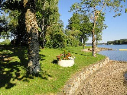 CAMPING LES CANTARELLES-Lac de Villefranche de Panat