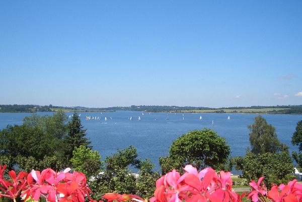 CAMPING BEAU RIVAGE -Lac de Pareloup