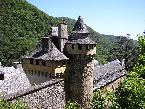 Abbaye de bonneval le cayrol patrimoine tourisme aveyron - Office de tourisme de bonneval sur arc ...