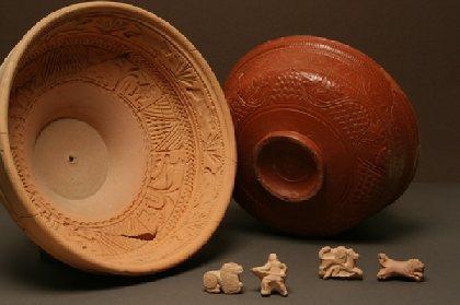 Poinçons, moule et vase sigillé de la Graufesenque - Millau, Musée de Millau