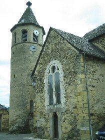 Église de Castelnau de Mandailles, OFFICE DE TOURISME INTERCANTONAL SAINT GENIEZ  / CAMPAGNAC
