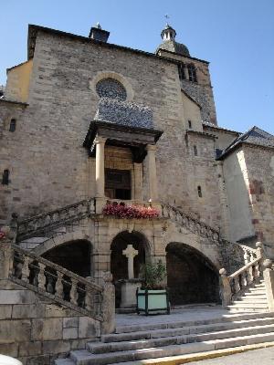 Église paroissiale de St Geniez d'Olt