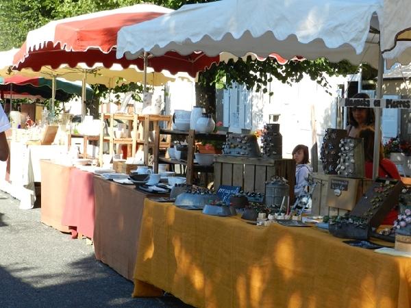 Marché artisanal à Laguiole