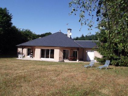 Domaine des claux tourisme aveyron for Camping aveyron avec piscine