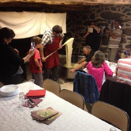 F'Estivales des Causses à l'Aubrac : Découverte de l'Aubrac avec un éleveur de la Race Aubrac et repas au buron