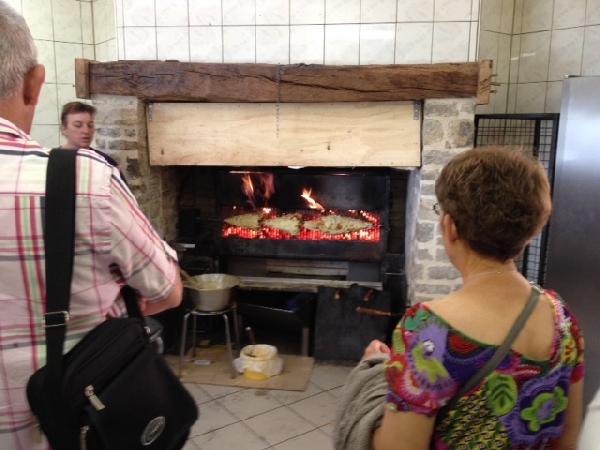 Visite de l'Atelier de fabrication de gâteaux à la broche chez Gigi