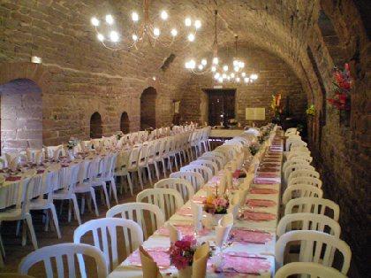 Salle du Pressoir au Château de Saint-Izaire, OFFICE DE TOURISME DU PAYS DE ROQUEFORT ET DU ST-AFFRICAIN