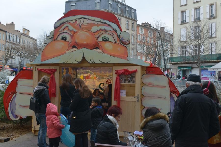 Festival Bonheurs d'Hiver - Chalet père Noël et manège