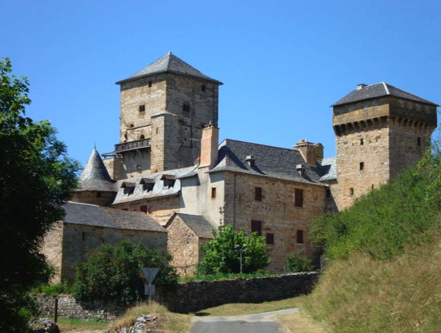 Randonnées pédestres au départ de Pierrefiche d'Olt