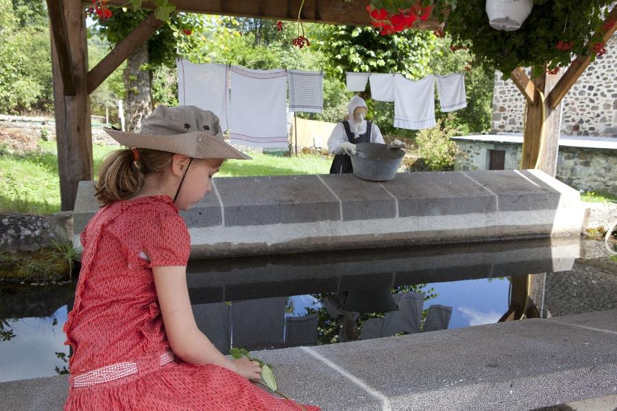 Les mardis des enfants sur le sentier de l'imaginaire à Brommat