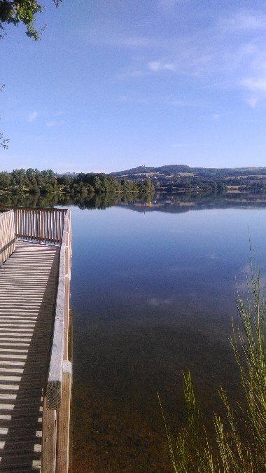 Sentier du tour du lac tourisme aveyron - Office du tourisme villefranche ...
